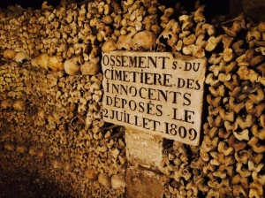 Inside the tunnels of l'Empire du Mort